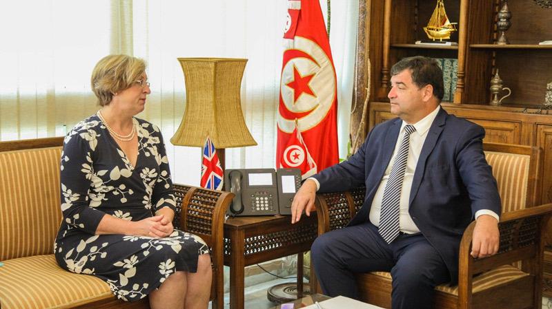 نحو توقيع ميثاق للسياحة المستدامة بين تونس وبريطانيا