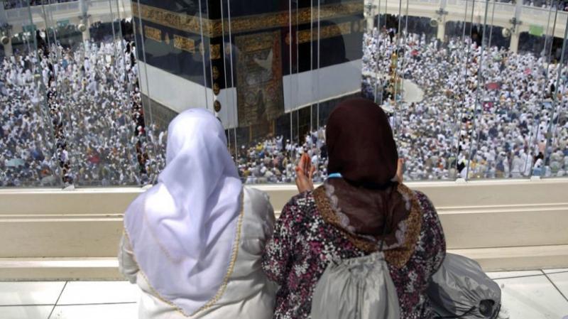 يوم عرفة: تونسيّة تخضع لتدخل جراحي وتكمل حجّها بفضل طائرة مروحية