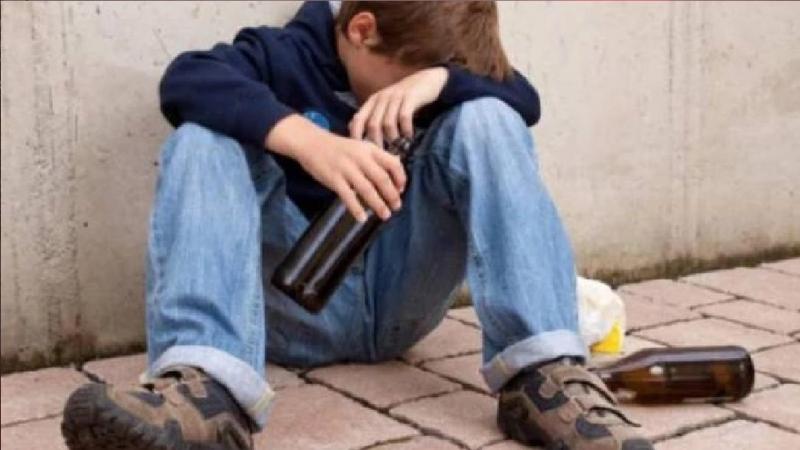 نابل: طفل يكاد يفقد حياته بالإفراط في إحتساء الكحول!