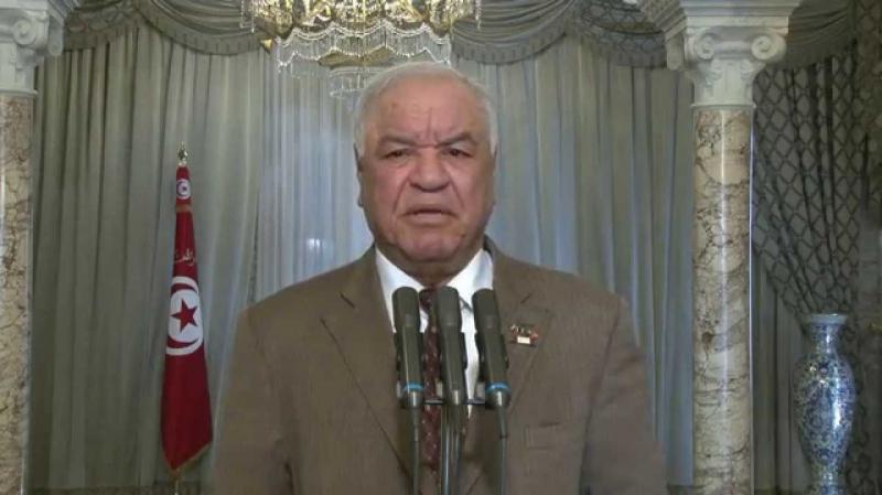 إنهاء مهام السفير الجزائري بتونس