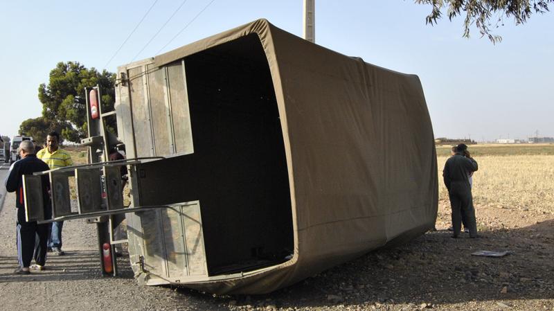 فندق الجديد: إصطدام بين قطار وشاحنة عسكرية