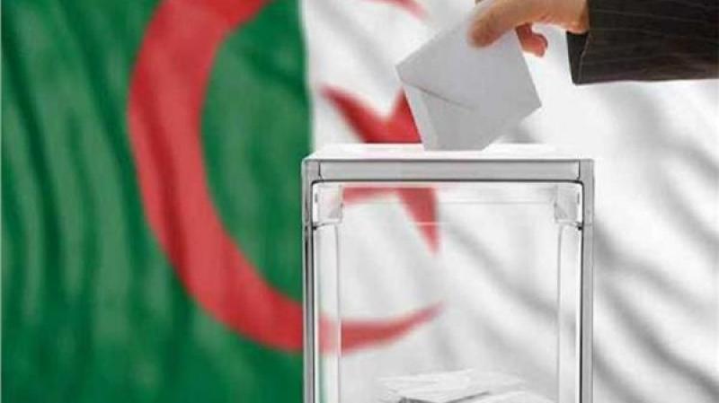 إعفاء الإدارة الجزائرية من تنظيم الإنتخابات الرئاسية