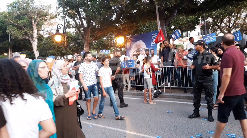 الحبيب بورقيبة:مناوشات بين أنصار حمة الهمامي وعبد الفتاح مورو