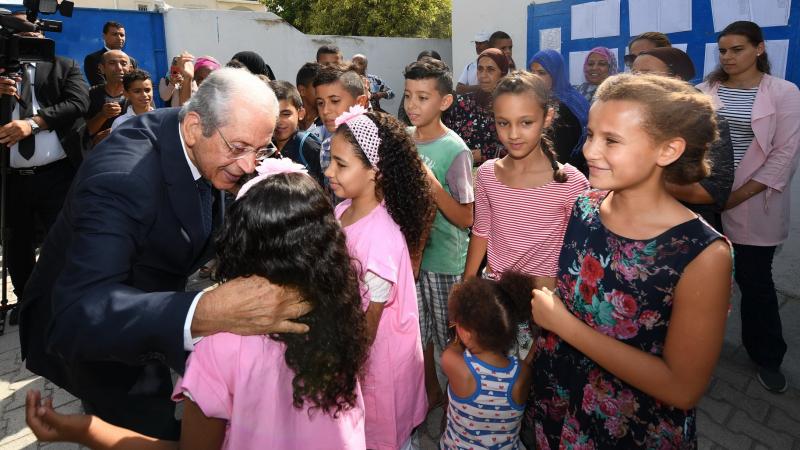 الناصر يفتتح السنة الدراسية في مدرسة حي محمد علي بقرطاج