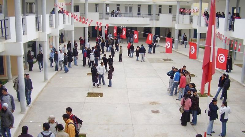 باجة: انتداب 400 أستاذ ومعلم وتواصل النقص في القيمين والمديرين