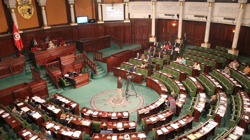 حصيلة المدة النيابية: 332 قانونا وإقتطاع 180 ألف دينار من منح النواب