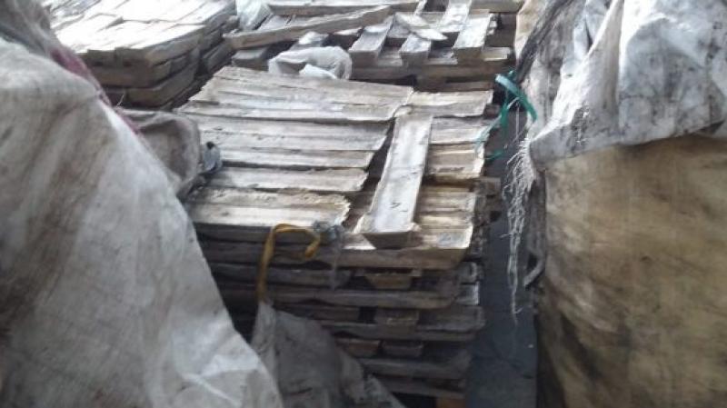 حجز أطنان من النحاس والسبائك المعدنية داخل مستودع في نابل