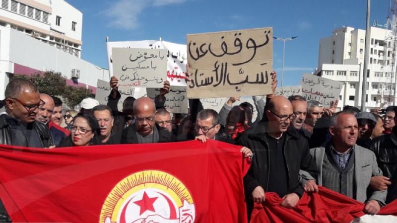 نابل: وقفة احتجاجية للأساتذة النواب