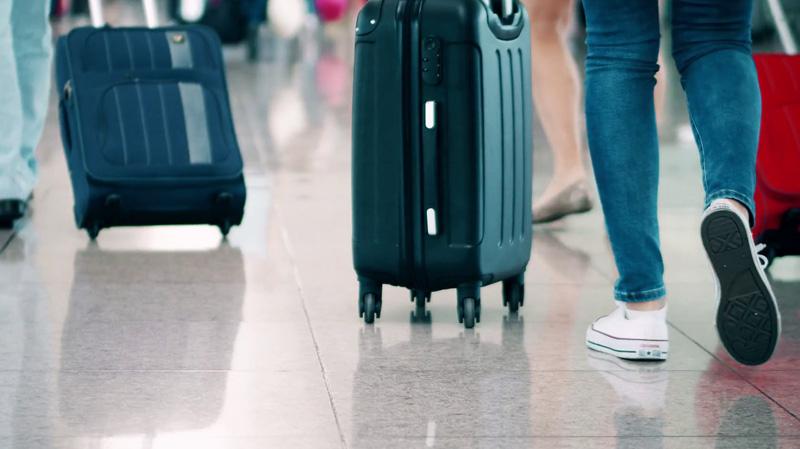 بينهم سياح في تونس: بريطانيا تجلي 150 ألف من حرفاء توماس كوك