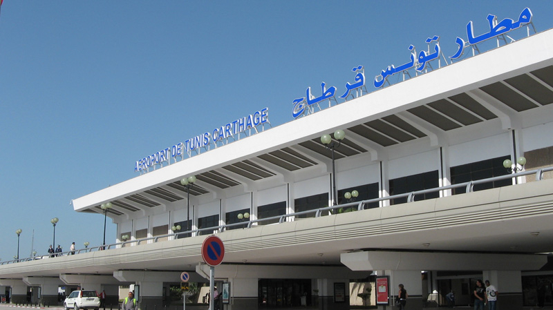 سلسلة وقفات إحتجاجية في مطار قرطاج