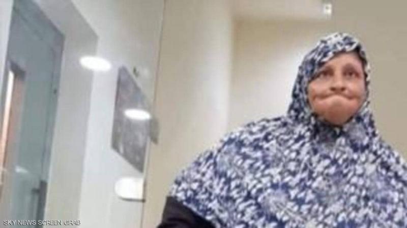 لبنان: 'متسولة' في رصيدها البنكي أكثر من 900 ألف دولار !!..