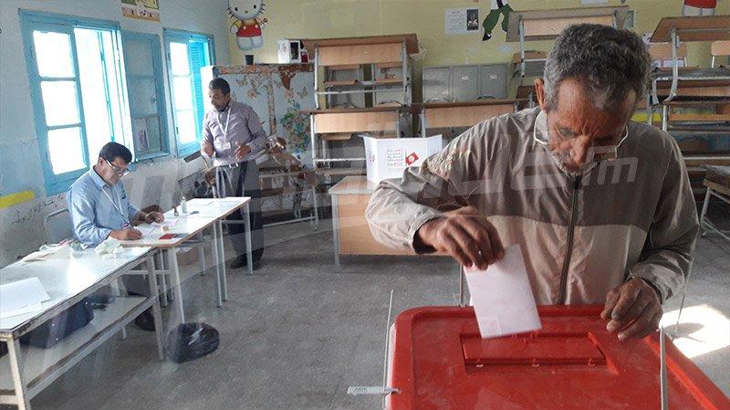 مكاتب الإقتراع