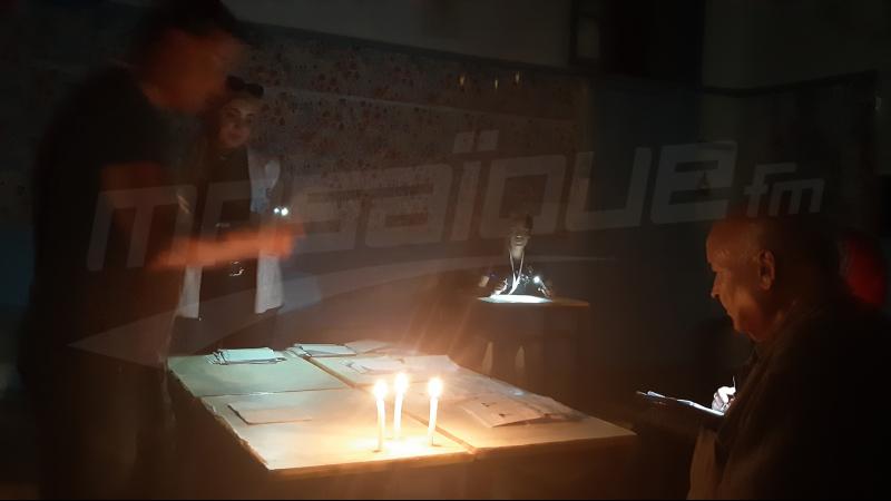سوسة: الفرز على ضوء الشموع