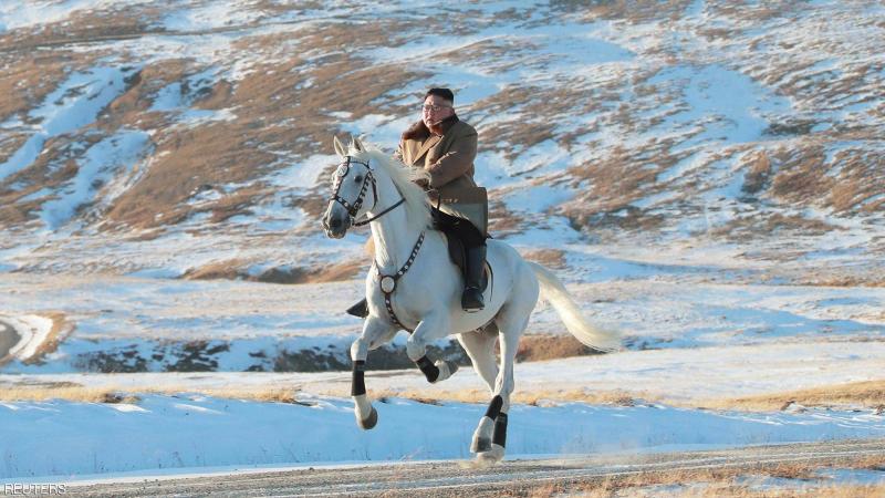 كيم جونغ أون يقّلد فلاديمير بوتين؟