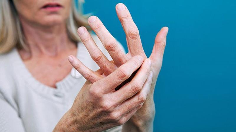 شخص على 5 في العالم يشكو من ألم مزمن