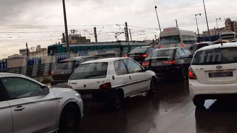 تعطل حركة سير القطارات على مستوى مدخل محطة تونس