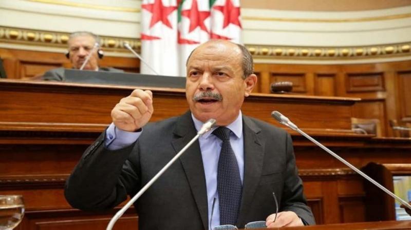 البرلمان الجزائري يرفض رفع الحصانة عن نائبين متهمين بالفساد