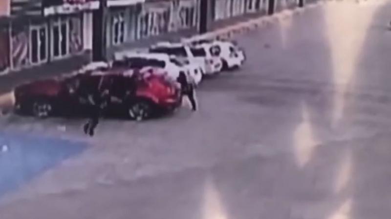 اغتيال ضابط اعتقل نجل 'إمبراطور المخدرات إل تشابو'