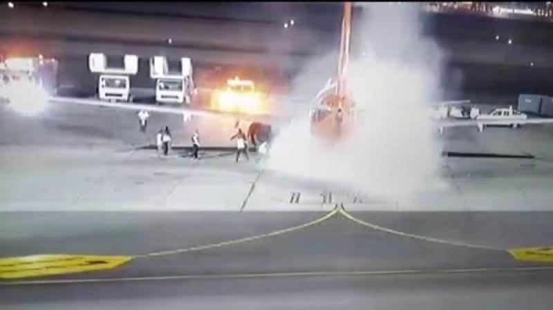 مطار شرم الشيخ : السيطرة على حريق نشب في طائرة أوكرانية