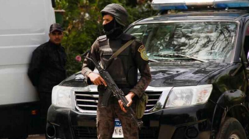مقتل 3 أمنيين بـ'رصاص مجهولين' في القاهرة