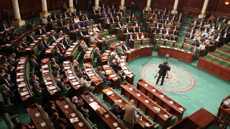 قائمة المترشحين لرئاسة البرلمان