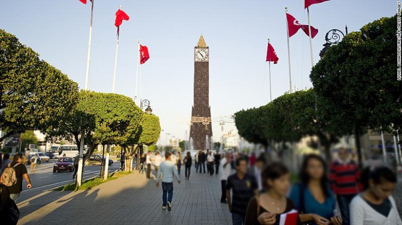 في من يثق التونسيين وبماذا يطالبون؟