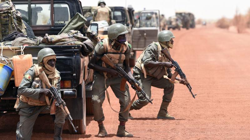 مالي: مقتل 24 جنديا في إشتباكات مع إرهابيين
