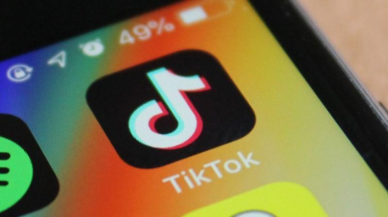 ''تيك توك'' يتفوق على أنستغرام وفايسبوك