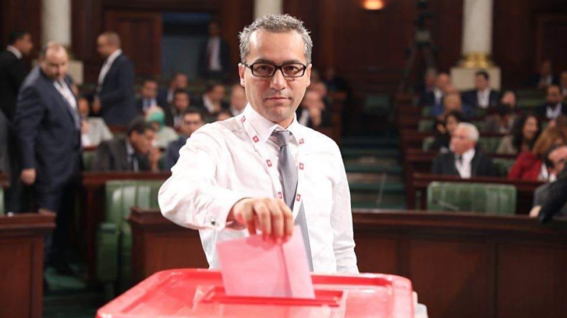 نائب يطالب بالتدقيق في القروض والهبات التي تحصلت عليها تونس