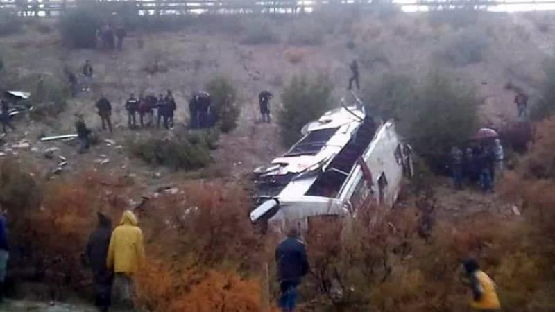 مصرع 17 شخصاً إثر حادث انقلاب حافلة في المغرب