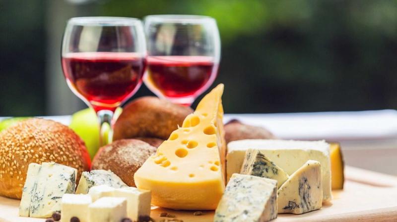 بسبب النبيذ والجبن: زمة في الأفق بين باريس وواشنطن؟
