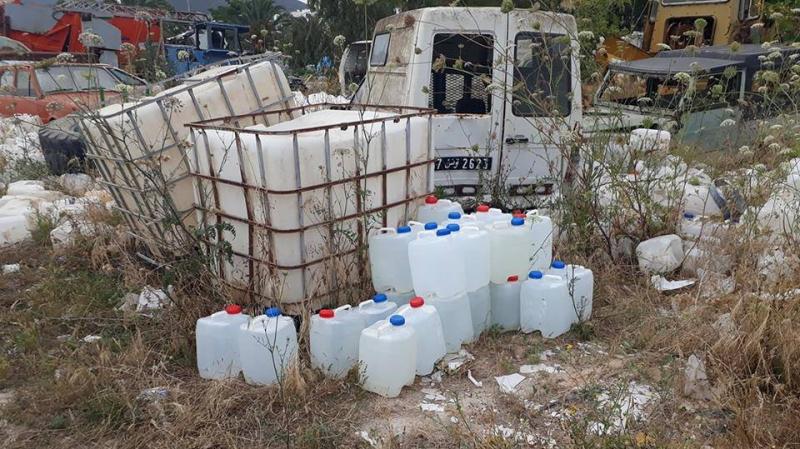 تحذير من شرب مياه الابار ومن براميل حديدية لتخزين الزيت