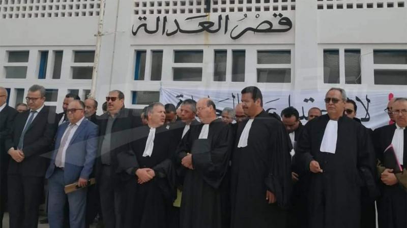 محامو المهدية يطالبون باعتذار يعيد للمهنة كرامتها