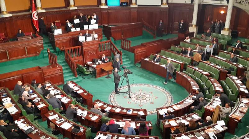 البرلمان يصادق على المرور إلى مناقشة فصول قانون المالية