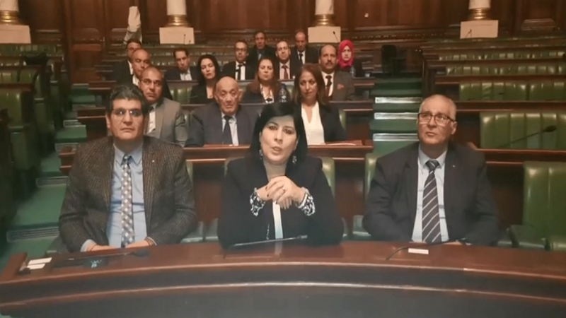 كتلة الدستوري الحر تنهي اعتصامها