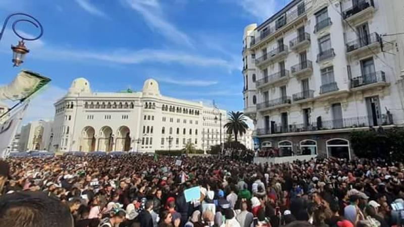الرئاسيات الجزائرية...مقربون من بوتفليقة لخلافته