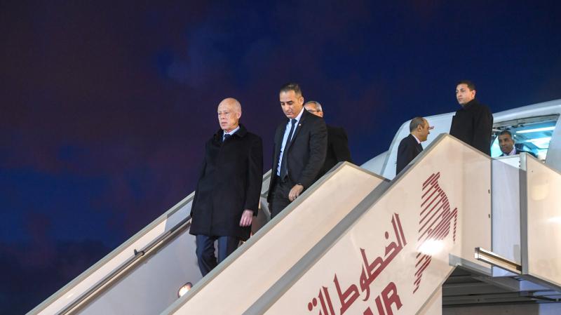 تنقل قيس بطائرة الخطوط التونسية: الناقلة الوطنية تكشف السبب