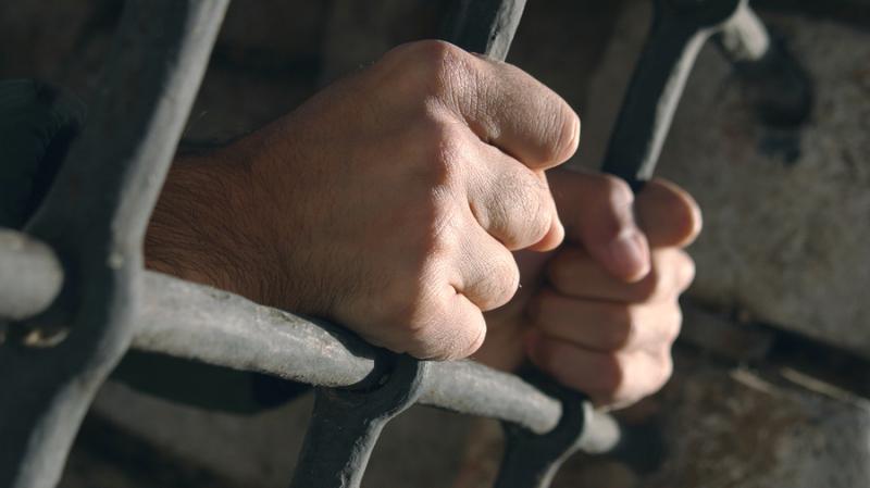 القبض على مجرم خطير تورّط في جريمة قتل