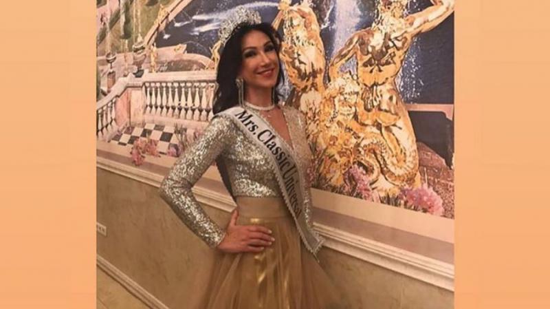 أربعينية تفوز بمسابقة ملكة جمال 'سيدات الكون 2020'