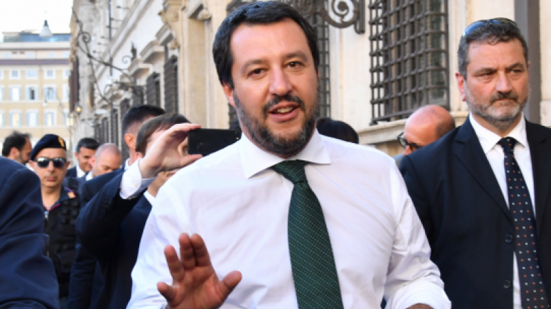 سالفيني يهين عائلة تونسية في إيطاليا: السفارة على الخط