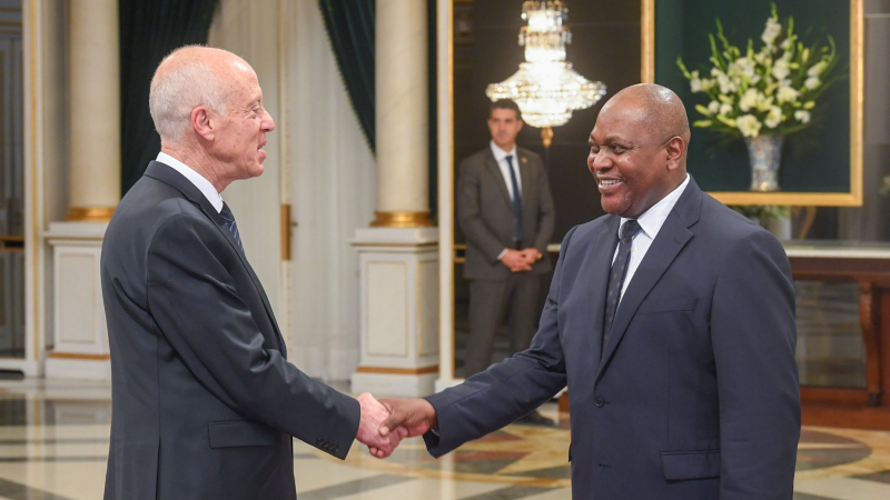 رئيس الجمهورية يتقبّل التّهاني بمناسبة السنة الإدارية 2020