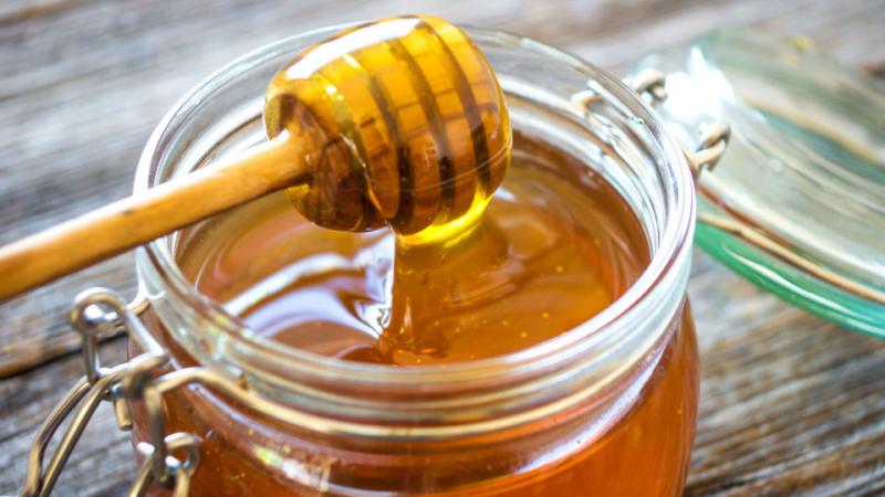 يتضمّن مكوّنات الفياغرا: تحذير من استهلاك عسل مستورد
