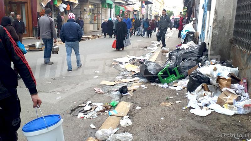 إضراب أعوان نظافة بلدية تونس: دعوة لاستناف العمل وجلسة تفاوض الثلاثاء