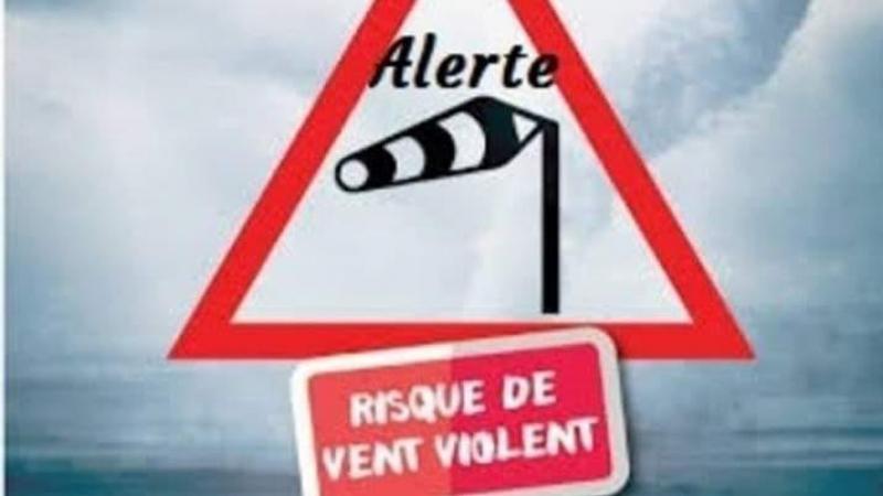 تحذير لمستعملي الطريق بسبب الرياح القوية