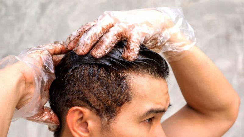 الرجال ممنوعون من صبغ الشعر في هذا البلد