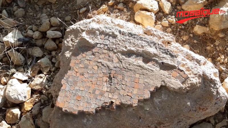أشغال عمومية تطمس تاريخ القصرين وتهدم آثارها..