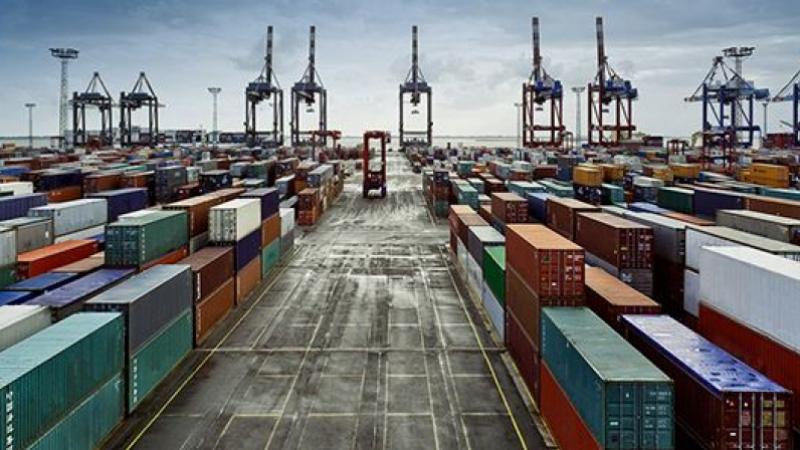 تراجع الصادرات والواردات في جانفي