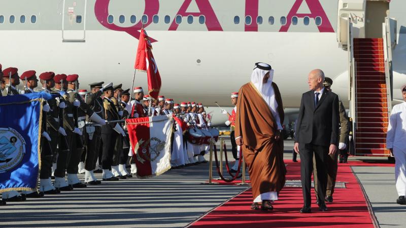 قيس سعيد يستقبل أمير دولة قطر