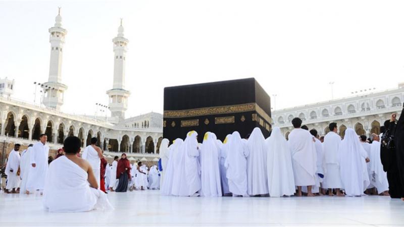 السعودية تعلّق العمرة مؤقتا بسبب فيروس كورونا