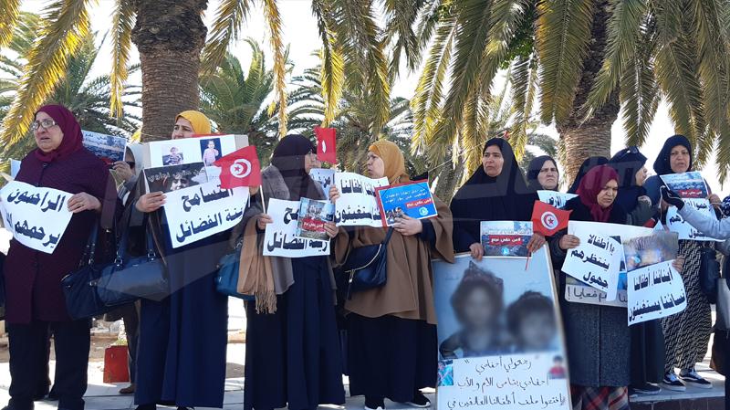 عائلات ارهابيين قضوا في سوريا: ''أعيدو إلينا أحفادنا''